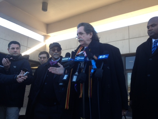 <p>Thomas Anthony Durkin, Sen. Donne Trotter&#39;s lawyer, speaks after a Chicago court hearing, where Trotter was being tried on felony charges for allegedly trying to board an airplane with a gun at O&#39;Hare.</p>