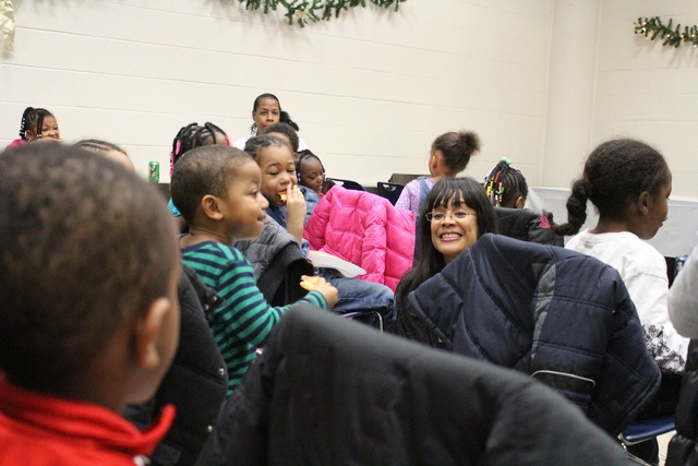 <p>Ald. Sandi Jackson (7th) tells preschoolers from the Ada S. McKinley Trumbull Park Head Start that the police are their friends.</p>