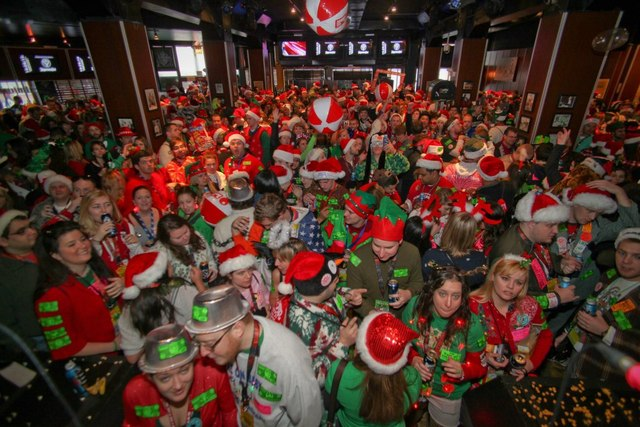 Bars fill up during the twelve bars of christmas bar crawl