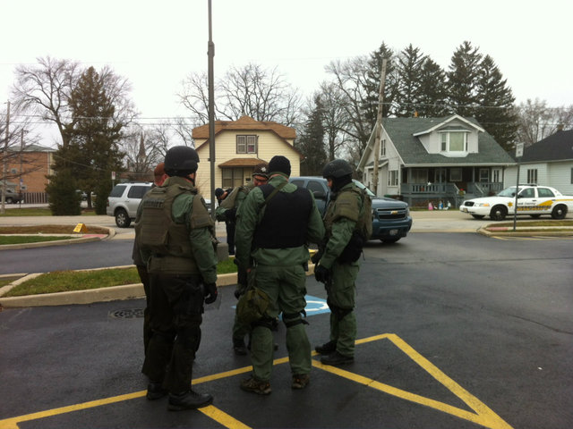 <p>Law enforcement officials were seen investigating in the 6600 block of 175th street in Tinley Park. Two bank robbers who escaped from a Chicago jail were seen in the suburb Tuesday, authorities said.</p>