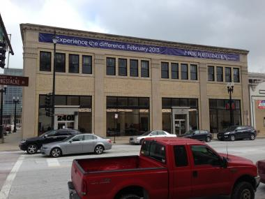 A full-line Ford dealership comes to the Near South Side's Motor Row Friday.