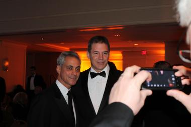 Mayor Rahm Emanuel rubbed elbows with Illinois' congressional delegation and others Saturday at the Illinois Inaugural Ball gala.