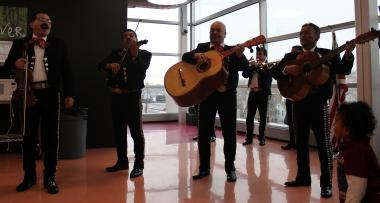 A mariachi band entertained attendees Sunday at the Instituto Health Sciences Career Academy before Gov. Pat. Quinn signed a bill that will allow undocumented workers to obtain driver's licenses.