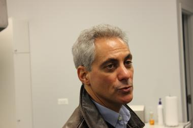 On Saturday, Jan. 13, 2013, Mayor Rahm Emanuel visited Louis' Groceries, a new grocery store in the Grand Crossing neighborhood on the South Side, and pledged his support to help the store expand.