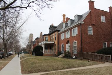 Maintaining the residential character of the 5700 block of South Woodlawn Avenue was at the heart of a debate between homeowners and the University of Chicago, whose resolution the Hyde Park Historical Society is praising.