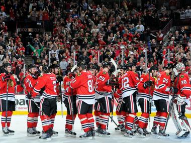 The Chicago Blackhawks set an NHL record on Friday night by claiming a point in their 17th straight game to start the regular season.