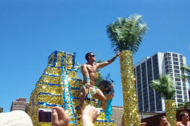 <p>A scene from a tropical float the Chicago Pride Parade in 2009</p>