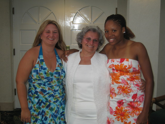 <p>Dominique Jacobs (right) poses with Margaret Klaus and her daughter, Hilary Cummings-Iyer in 2006.</p>