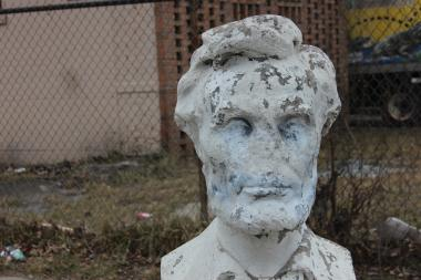 An 87-year-old statue of President Abraham Lincoln at 69th Street and Wolcott Avenue is badly in need of repair, longtime Englewood residents say.