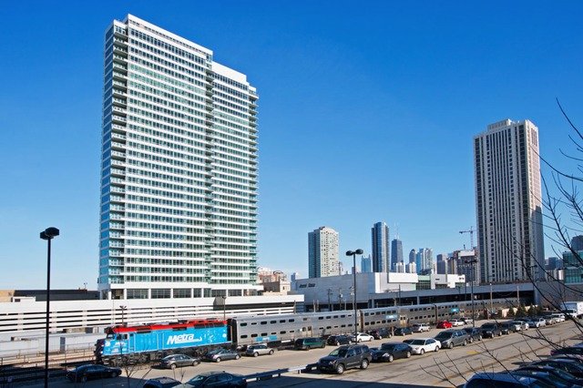 <p>The fifth and final tower in Fifield Companies&#39; River North development will move in its first residents on March 1, two months ahead of schedule.</p>