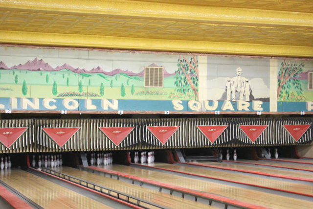 <p>Loyal customers will be pleased to see that Lincoln Square Lanes has kept the &quot;Abe Lincoln&quot; mural.</p>
