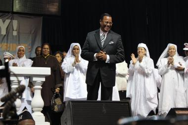 "Nation of Islam leader Louis Farrakhan addressed a crowd of thousands Sunday at the annual Saviours' Day convention. Farrakhan called on the Nation of Islam to collect money and buy as much land as possible in order to ""control the means of production."" Farrakhan said he will write a letter to gang leaders asking them to protect the land to help prevent violence."