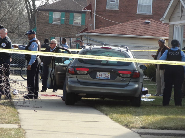<p>A man was shot in the stomach about 2:30 p.m. Wednesday in the 9500 block of South Clyde Avenue, police said.</p>