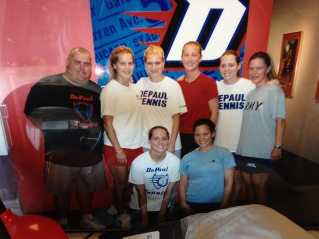 <p>DePaul women&#39;s tennis coach Mark Ardizzone (far left) said he weighed 300 pounds in this 2005 photo. He&#39;s now down to 195 pounds.</p>