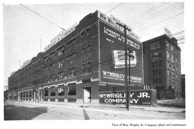 <p>The Wrigley Company&#39;s gum manufacturing plant employed thousands of Chicagoans during its 95-year run. It shuttered in 2006.</p>
