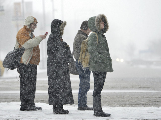 <p>As the flurries kept flying Tuesday night, Chicago&#39;s more than 7 inches of snow had already tied for the ninth largest March snowstorm on record, according to the National Weather Service.</p>