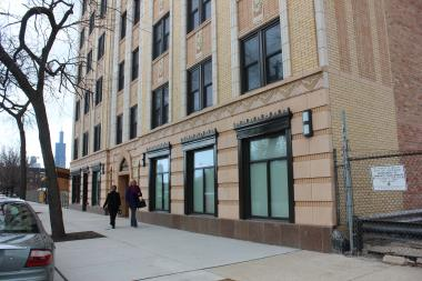 Mayor Rahm Emanuel cut the ribbon on the new affordable housing complex in the former Viceroy Hotel.