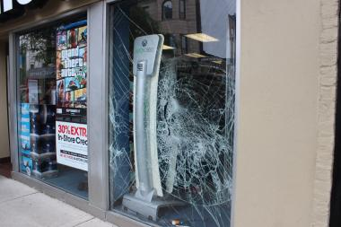 Blackhawks fans celebrating the Stanley Cup win broke dozens of windows early Tuesday morning. On Clark Street in Lincoln Park, boarded up windows and cracked glass were on every block.