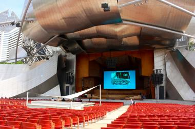Millennium Park's Jay Pritzker Pavilion debuted a new 40-foot screen Monday.