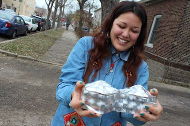 Bridgeport art student Lynne Lee has raised enough money to create an eye-catching mobile art gallery.