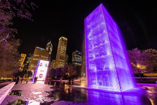 Millennium Park Crown Fountain at night