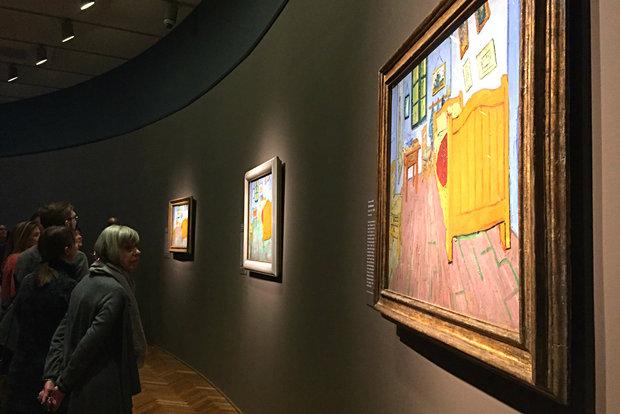 Van Gogh 39 S Intimate Life Exposed In Bedroom Exhibit Now Open To Public
