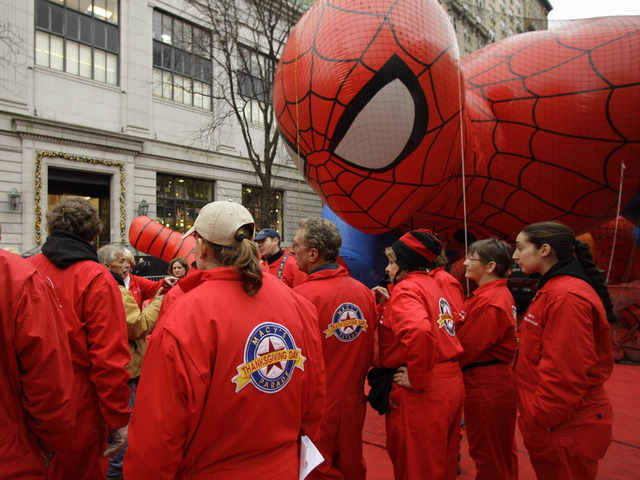 85th Annual Macy's Thanksgiving Day Parade Preparations (Video)