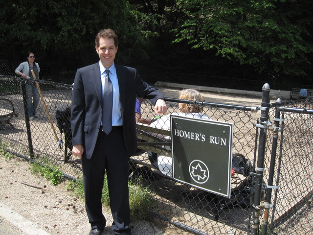 <p>Mark Levine campaigned with dog owners at Homer&#39;s Run in Inwood Hill Park in May 2010, during a failed run for State Senate.</p>