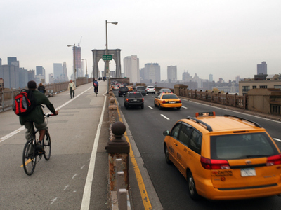 <p>Brooklyn Bridge Rehab Brings Noise, Traffic Downtown</p>