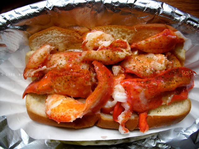<p>Luke&#39;s Lobster is popular for its herb-dusted seafood rolls.</p>
