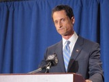 Anthony Weiner Uses Campaign Cash to Pay $40K in Bills