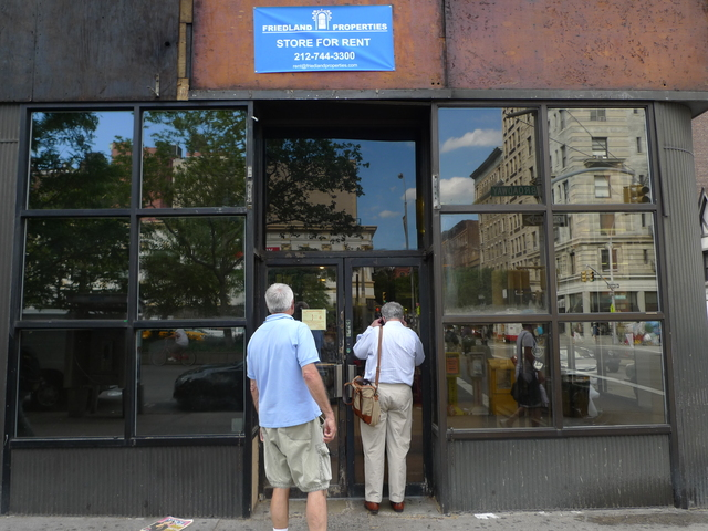 H&H Bagels officially closed June 29 after 39 years in business on West 80th Street and Broadway.