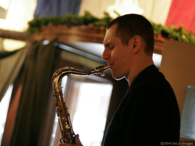 Brasserie Julien will have live Jazz for Bastille Day 2011.