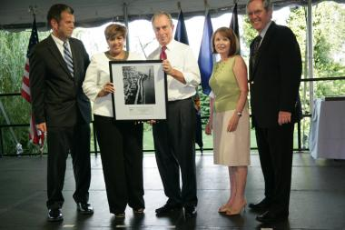 Elba Pichardo received a Leadership Award from the city on July 12, 2011. Pictured from left are Commissioner Rob Walsh, Elba Pichardo, Mayor Michael Bloomberg, Eileen Auld of Citi and Kevin Burke of Con Edison.