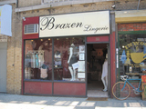 Inwood Shop Hopes to Break Breastfeeding World Record