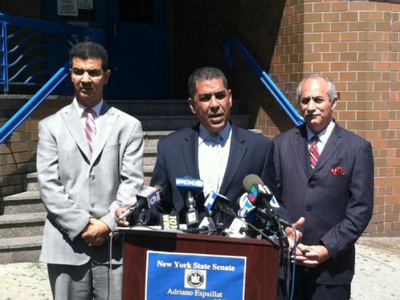 City Councilman Ydanis Rodriguez (l), State Sen. Adriano Espaillat (c) and State Assemblyman Guillermo Linares (r) called for revelers from the Dominican Day Parade to