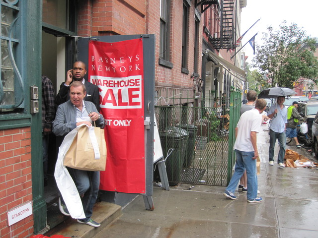 <p>The rain didn&#39;t stop shoppers from coming to the Barneys Warehouse Sale.</p>