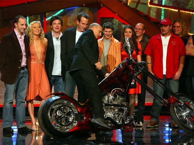The Cast of Arrested Development accept their award on stage for Big Family in '04 from West Coast Choppers Paul Teutal Sr., Paul Teutal Jr., and Mikey Teutal onstage at the VH1 - Big in '04 on December 1, 2004 at the Shrine Auditorium, in Los Angeles, California.