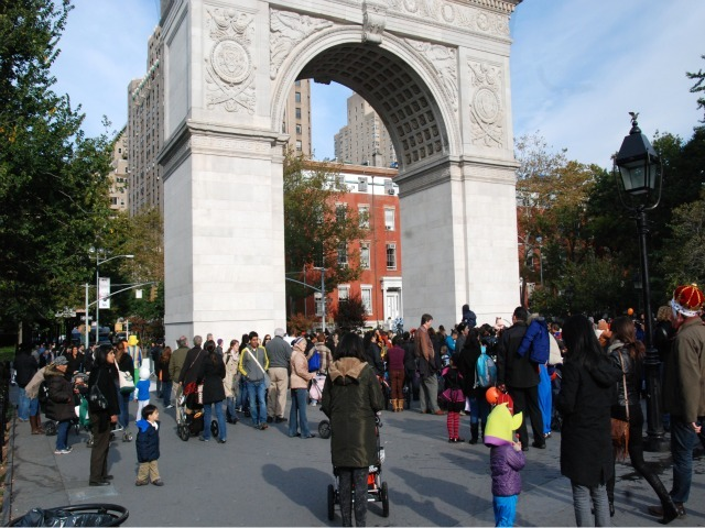 <p>The 21st Annual Children&#39;s Halloween Parade kicked off from the Washington Square arch.</p>