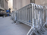 City Removes Barricades That Blocked Struggling Wall Street Cafe