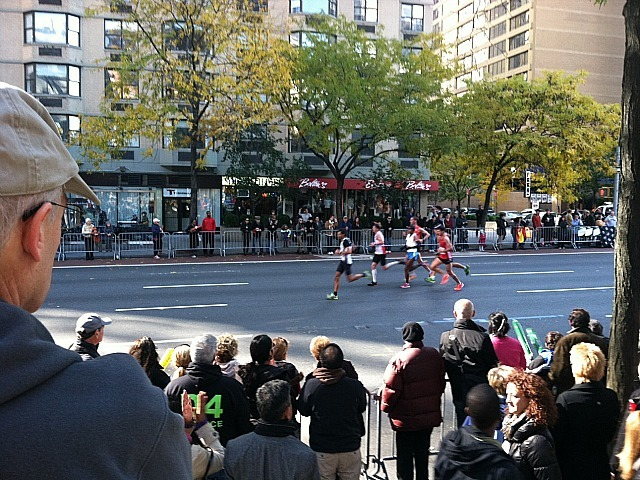 <p>Crowds watch runners in the New York City Marathon at First Avenue and 70th Street.</p>