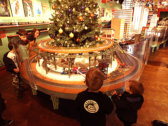 Children enjoy the Holiday Train Show display at Grand Central Terminal over the Thanksgiving weekend, 2011.