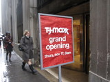 T.J.Maxx, Designer Eyewear Shop, Gastropubs Open in Lower Manhattan
