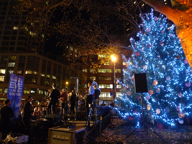 <p>The holiday tree lighting for Winter&#39;s Eve will run from 5 to 6 p.m.</p>