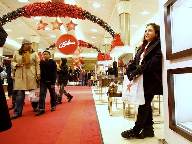 <p>Leticia Rios rested during some stressful last-minute shopping on Christmas Eve last year.&nbsp;</p>