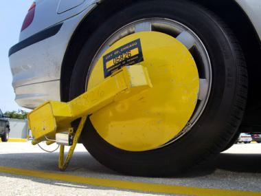 A new bill would stop the NYPD from towing vehicles for unpaid parking tickets.