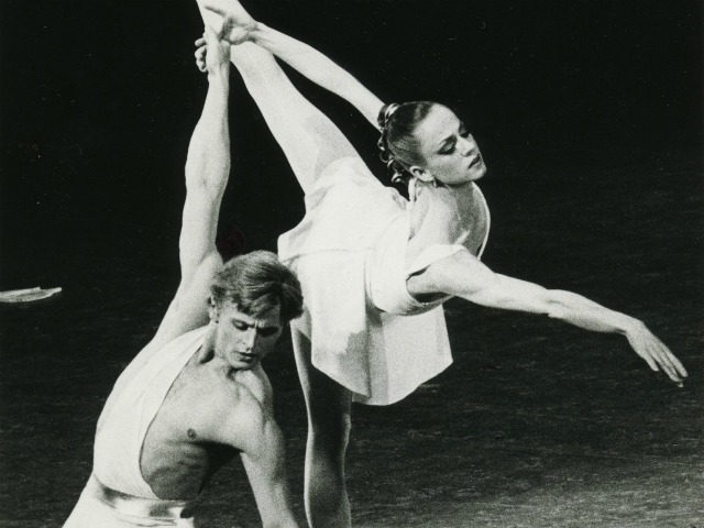 Heather Watts and Mikhail Baryshnikov dancing in George Balanchine's