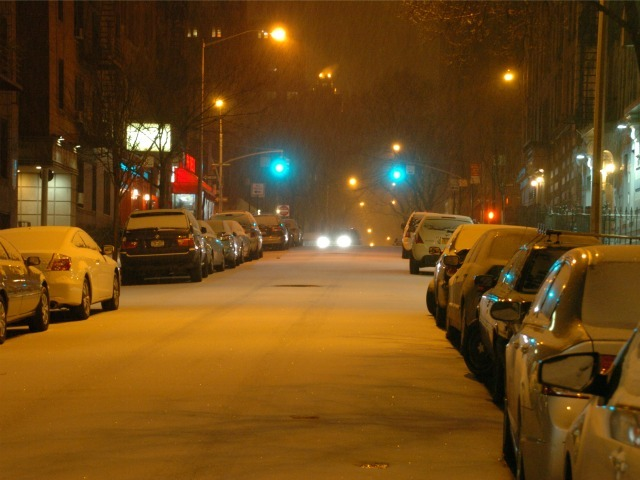 <p>The snow began falling overnight on Sat., Jan. 21, 2012, blanketing the intersection of 96th Street and Broadway.</p>