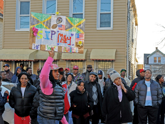 <p>Residents rallied Monday at the Bronx home of Ramarley Graham, 18, who was shot and killed by police.</p>