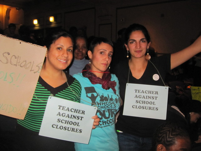 Former teacher Dara Vazquez (center), 37, said she was there to support fellow educators against closures.